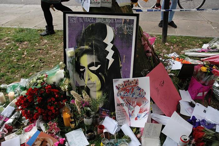 В Лондоне похоронена Эми Уайнхаус