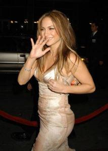 Дженифер Лопес отпраздновала 42-й день рождения