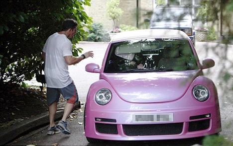 VW Beetle Кети Прайс