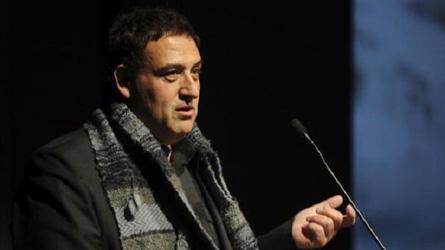 Израильский режиссер поставлен в спартанские условия