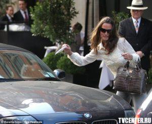 Сестру герцогини Кембриджской оштрафовали за запрещенную парковку