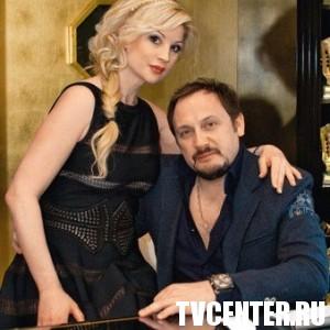 Жена Стаса Михайлова намучилась с первым мужчиной