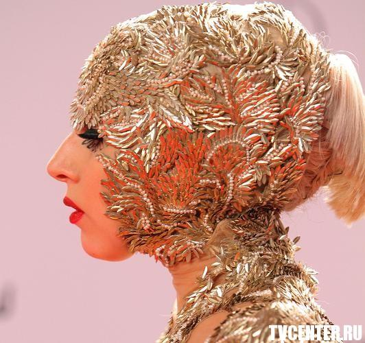Гвинет Пэлтроу и Леди Гага пощеголяли нарядами в Германии