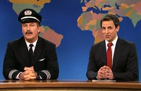 Алек Болдуин переоделся летчиком и принес себе извинения по ТВ