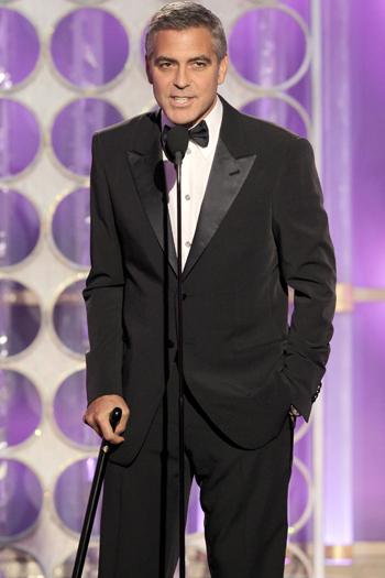 Джордж Клуни посмеялся над Брэдом Питтом