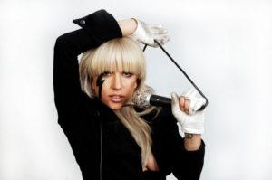 Элтон Джон и Lady GaGa остались без номинаций на Оскаре