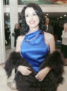 Анастасия Заворотнюк увозит дочь из России