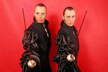 Братья Мазуренко готовы защищать Родину шпагами