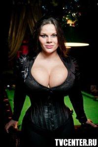 Самая большая грудь России Мария Зарринг: Я против порнографии