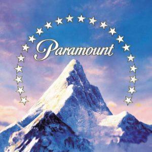 Paramount поменяли местами фильмы с Томом Крузом и Брэдом Питтом