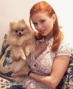 Откровенные фото голой Анны Семенович оказались украдены