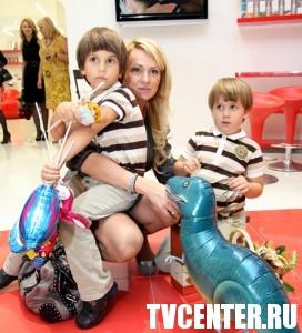 Рудковская борется за сына