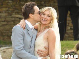 Кейт Мосс отметила годовщину замужества