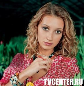 Актриса Анастасия Цветаева снова беременна