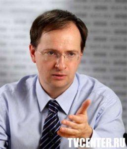 Министр культуры РФ одобрил идею обязательного изучения 100 лучших фильмов
