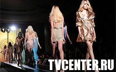 Донателла Версаче открыла Неделю высокой моды в Париже