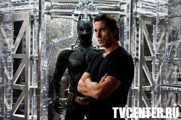 "В новом ""Темном рыцаре"" Бэтмен стал Человеком-Пауком"