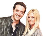17 апреля Саша Савельева и Кирилл Сафонов отметили три года супружеской жизни.