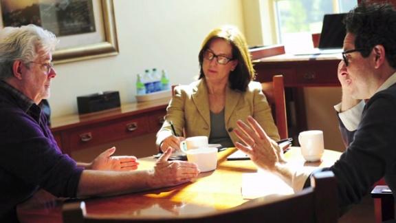 Кеннеди обсуждает франшизу с Джорджем Лукасом и Джей Джей Абрамсом