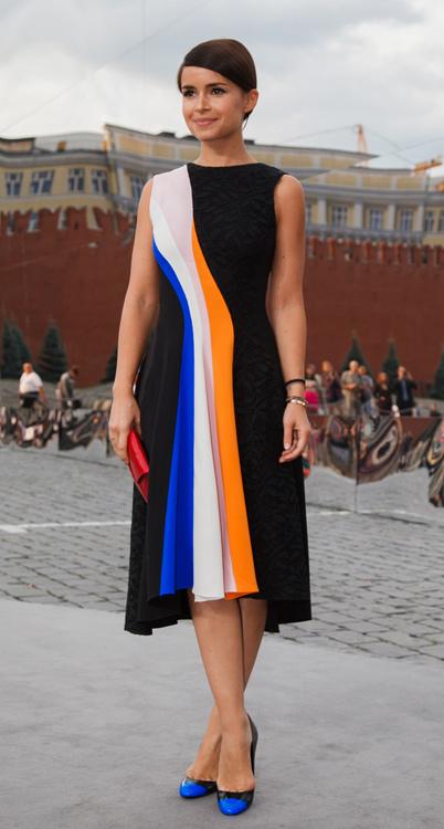 Мирослава Дума, как главная отечественная it-girl, не смогла не заглянуть на показ и, конечно же, ведущим брендом своего образа выбрала Dior