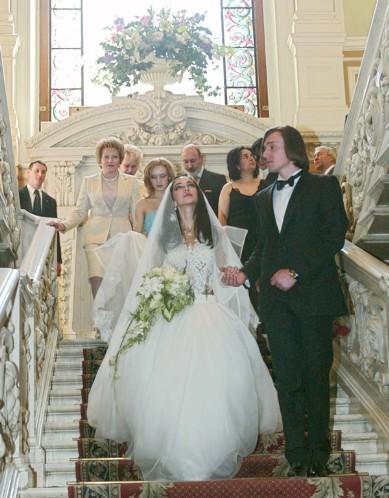 Первая свадьба Зары с сыном губернатора Санкт-Петербурга Валентины Матвиенко - Сергеем