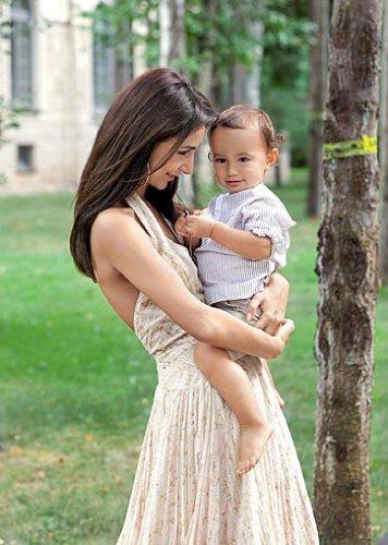 Зара с первым сыном - Даниилом