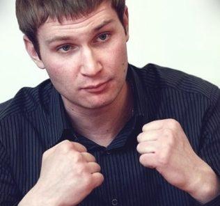 Николай Наумов в фильме «Корпоратив»