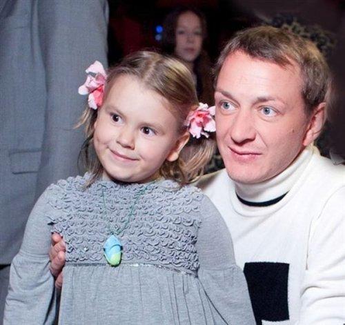 Марат Башаров с дочкой.