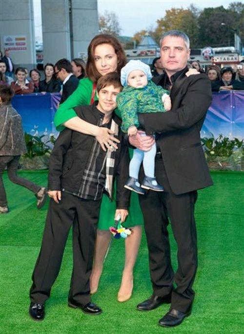 Екатерина Гусева с мужем и детьми.