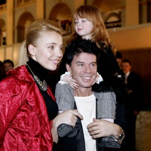 Олег Газманов с супругой Мариной и дочерью Марианной.