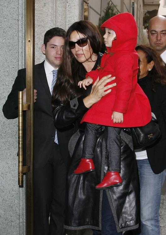 Моника Беллуччи с дочкой Леони
