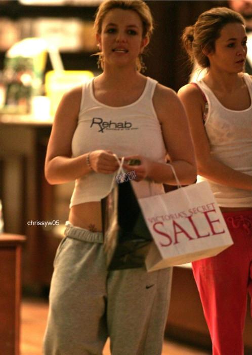 Бритни Спирс пытается сбросить лишний вес