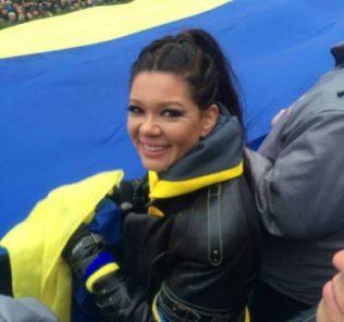 Одна из самых активных звездных участниц Евромайдана, певица Руслана, решила устроить протестующим сладкий завтрак.