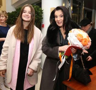 Надежда Бабкина открыла свой театр фольклора