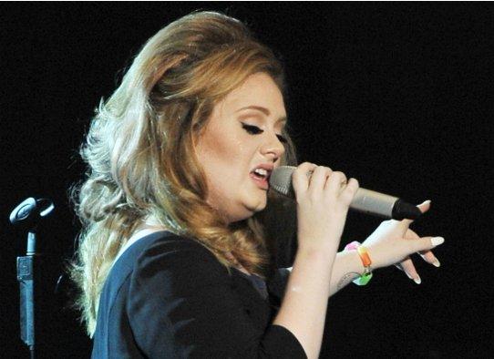 Певица Адель рассказала о своем расставании с супругом