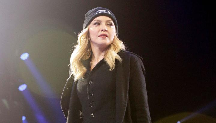 Мадонна сделала своим фанатам подарок на Рождество