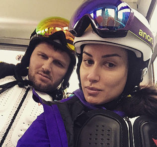 Тина Канделаки ушибла копчик, катаясь на сноуборде