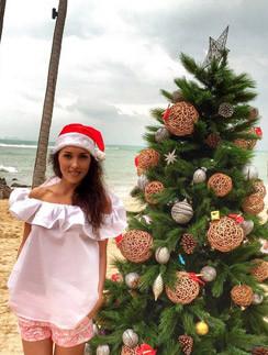 Алсу встретила Новый год на пляже, а дочь Леонида Агутина - в семье своего жениха