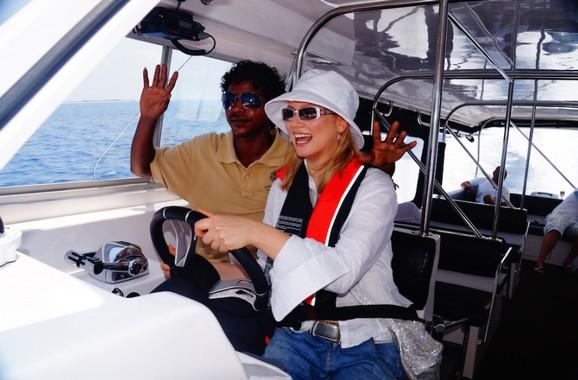 Лена Ленина потерялась в индийском океане