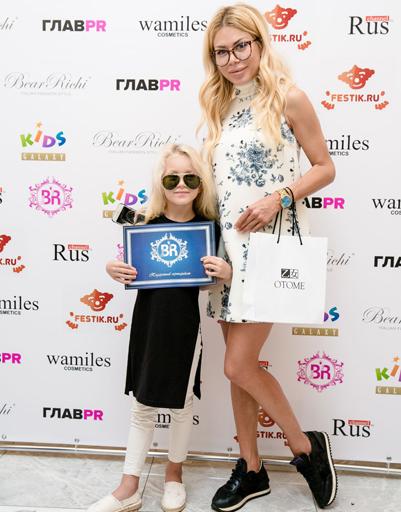 Белла Потемкина с дочкой Евой