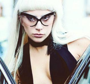 """Леди Гага признана """"Женщиной года"""""""