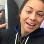 Настасья Самбурская осталась без зубов