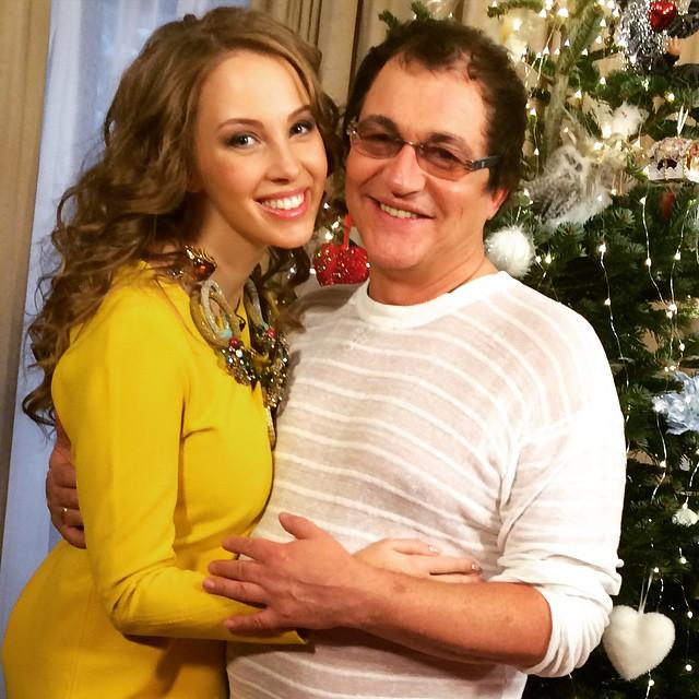 Дмитрий Дибров с женой в Бразилии живет в дешевых гостиницах