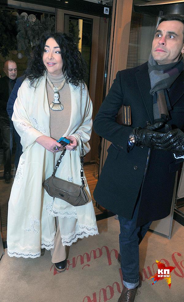 Лолита с мужем. Фото: www.rostov.kp.ru