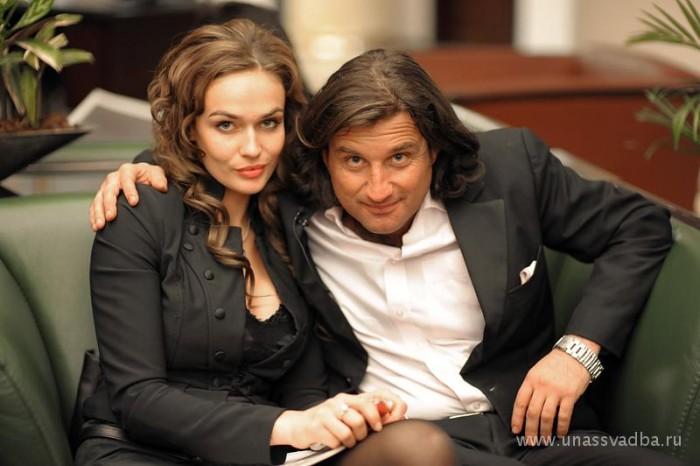 Отар Кушанашвили с Ольгой. Фото: www.unassvadba.ru