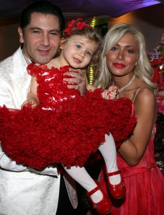 Авраам Руссо с семьей. Фото: ports.ucoz.com