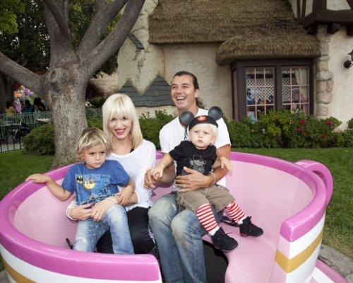 Гвен Стефани с семьей. Фото: svopi.ru