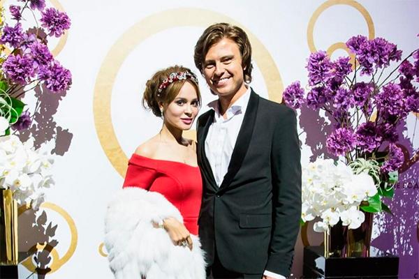 Анна Калашникова и Прохор Шаляпини. Фото: instagram.com