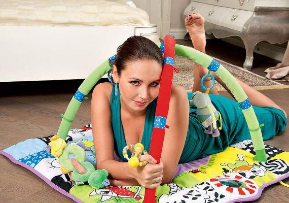 Ляйсан Утяшева в детской комнате. Фото: proufu.ru