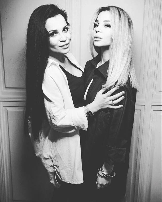 Екатерина Капелюш-Колисниченко с сестрой Юлией Салибековой Фото: Инстаграм